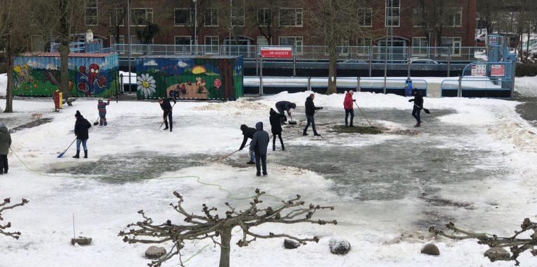 Geen ijsbaan in De Hoogte, wel saamhorigheid